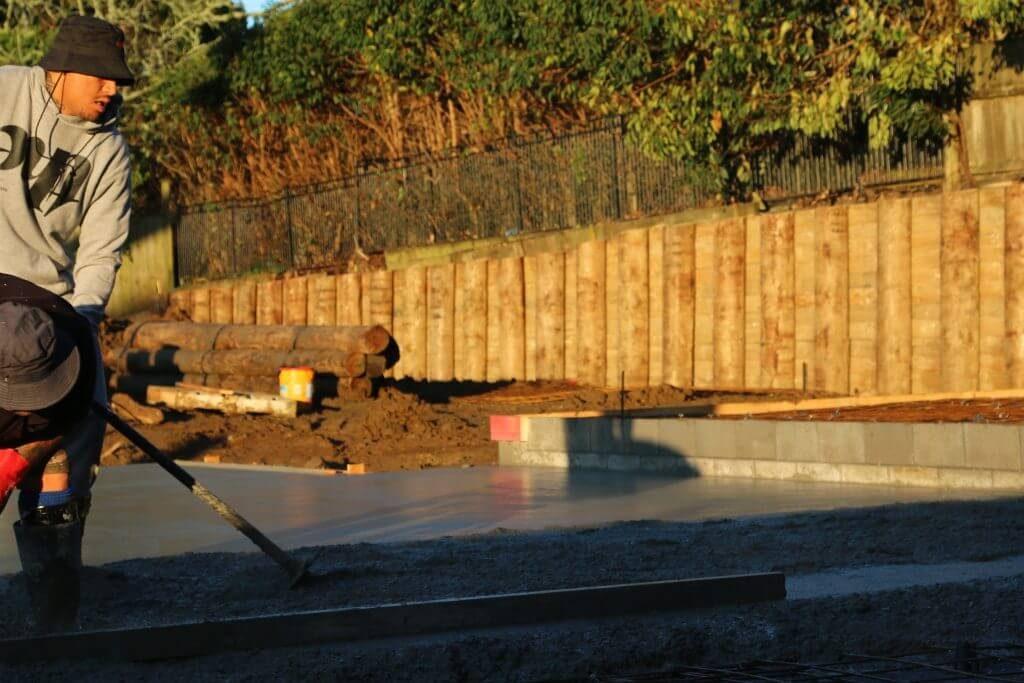 retaining wall foundation